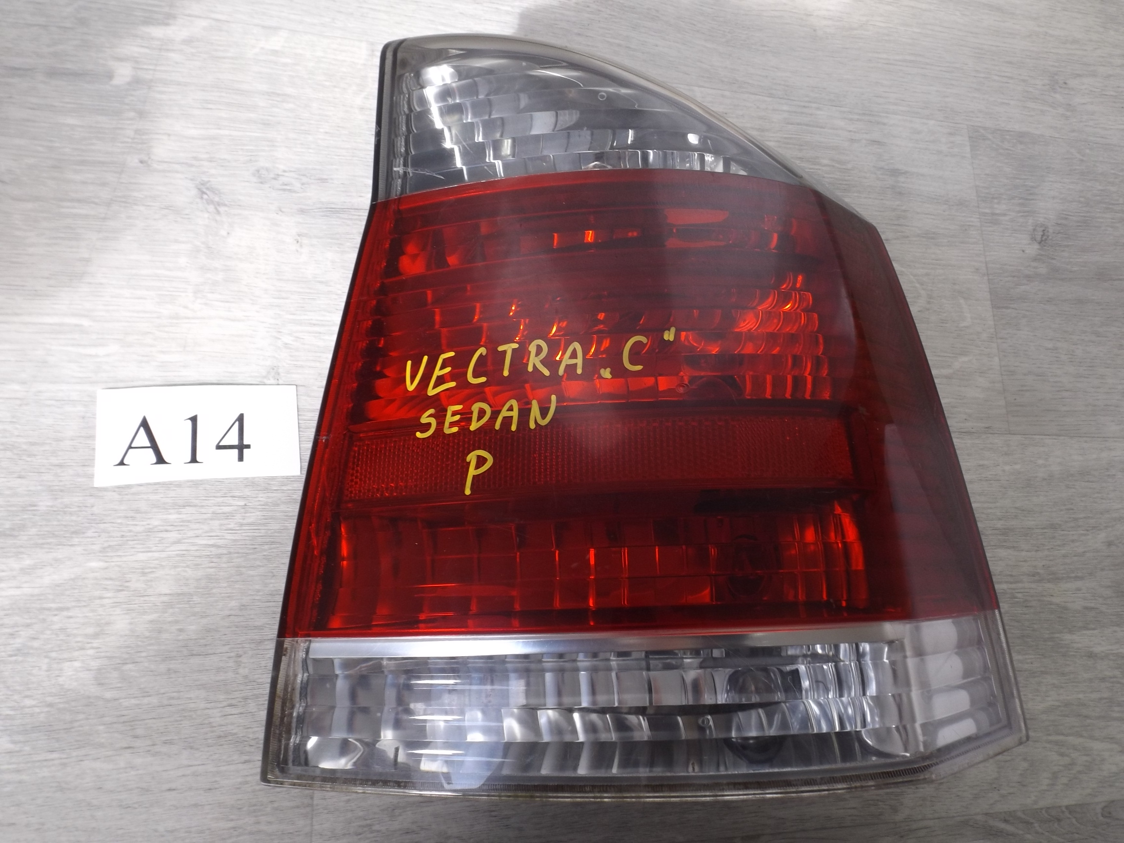 Opel Vectra C Lampa Tył Prawa